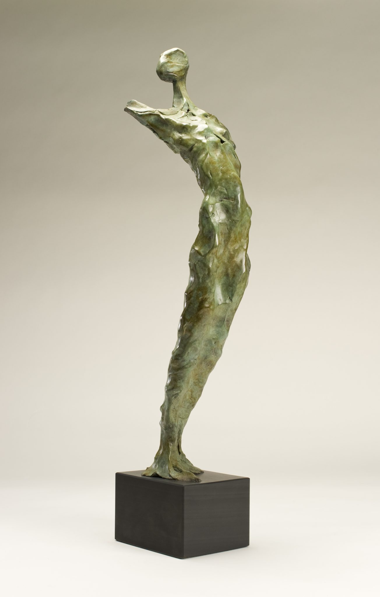 Arche Ossulaire-bronze sculpture of abstracted figure