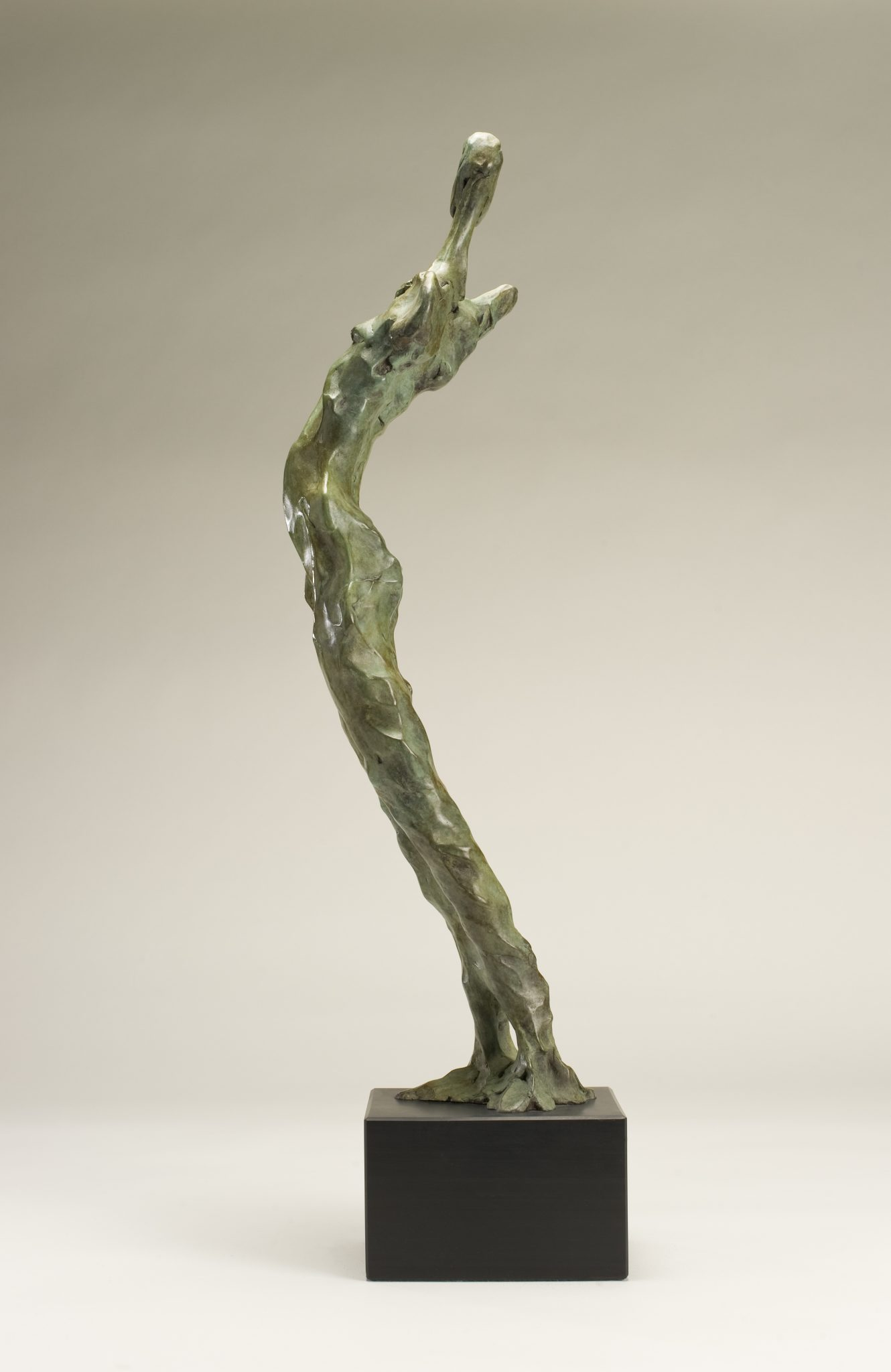 Arche Ossulaire. Bronze contemporary sculpture of abstract figure.